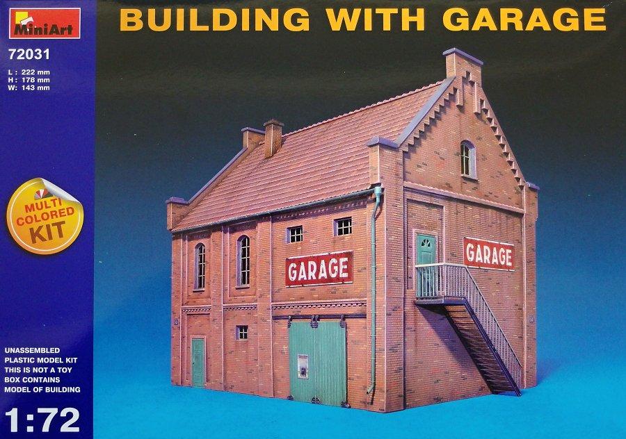 1:72 Building w/ Garage